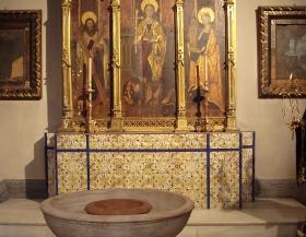 8_santa_maria_pila_bautismal