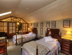 casa_de_carmona_room_20_standard_2_beds_1200_2