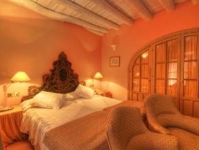 casa_de_carmona_room_29_classic_2_beds_1200