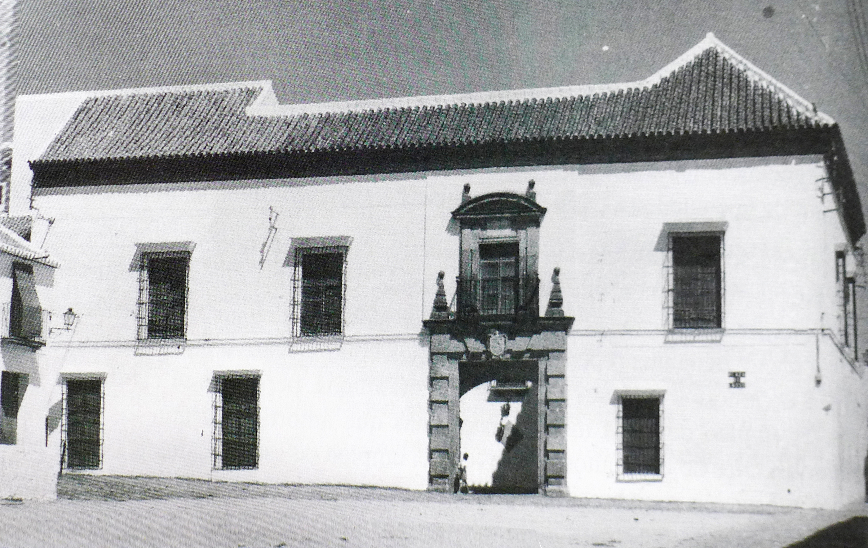 The Casa Palacio de Carmona's whitewashed Façade in an undated photograph circa 1960.